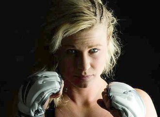 Beck loses split decision in Invicta debut