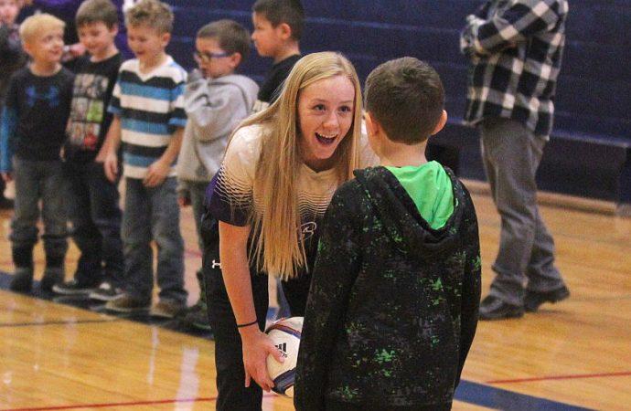 Bulldog soccer rewards West Elementary students