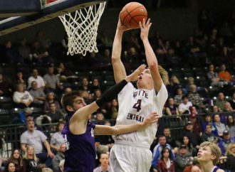 Maroons drop Bulldogs in boys' game