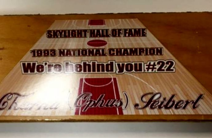 Skylights dish out help to battling Hall of Famer