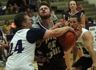 Boyle holds off Burgman in third Alumni Classic