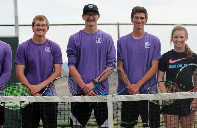 Six Bulldogs head to state