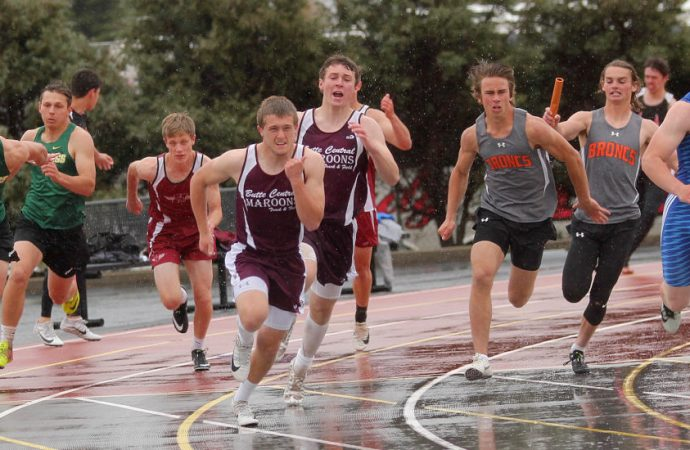 Rain reigns on first day of Western A track
