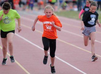 Hillcrest defends title at Grade School Track Meet