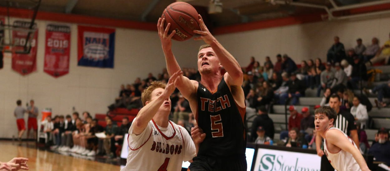 Montana Tech men stay hot with win at Western