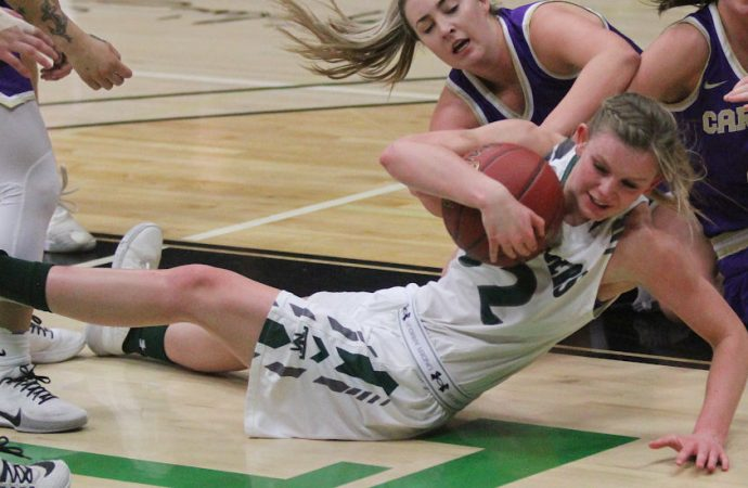 Carroll women pull away for sweep of Orediggers