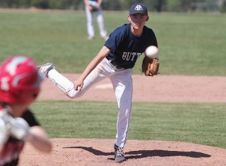 Muckers, Outlaws split Father's Day twin bill
