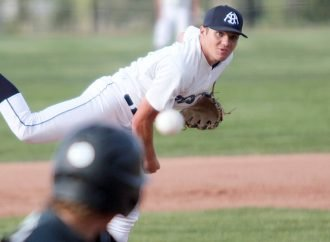 Miners split with Outlaws