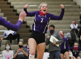 Bulldogs sweep Flathead in final home match