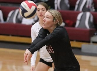 Maroons go 4-4 on first day of Blocktober Classic